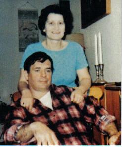 Jack Kerouac et sa femme, Stella. Photo prise vraisemblablement vers la fin des années 1960s à Lowell où Jack habitait avec sa mère et Stella.