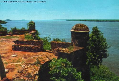 L'Orénoque vu de la forteresse Los Castillos - Vénézuéla. Lien Wiki aur l'image.