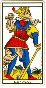 L'arcane XXII, le 22. Le Mat, le Fou, le Dingo - associé à la hubris. Souvent, on ne lui attribue pas de nombre. Ou on lui attribue parfois 0. C'est la fin par accomplissement, atteinte des limites, ou perfection, et c'est le chaos. -- The Fool. Associated to hubris. In tarot cards, it's often associated to no figure in particular, as here. Can sometimes be numbered as 0 (zero). Perfection, accomplishment, limits have been reached; chaos. (Tarot de Marseille.)