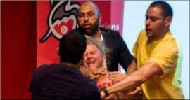 La métamorphose massemédiatique de la comédienne Xenia Chernyshova à Montréal le 1er juin 2013 : « faire des images, du bruit médiatique ». Femen photographiée, bien grimaçante, médiatiquement bruyante, image efficace et rentable, les méchants hommes musulmans de couleur, etc. Mission accomplie et stunt auto-promotionnel gratuit.