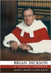 Feu le juge Brian Dickson (1916-1998). Siégeait à la Cour Suprême du Canada en 1988.